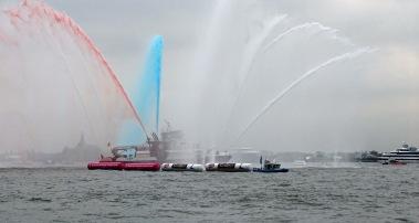 NYFD fireboats